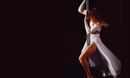 Great '90s Songs for Pole Dance Routines